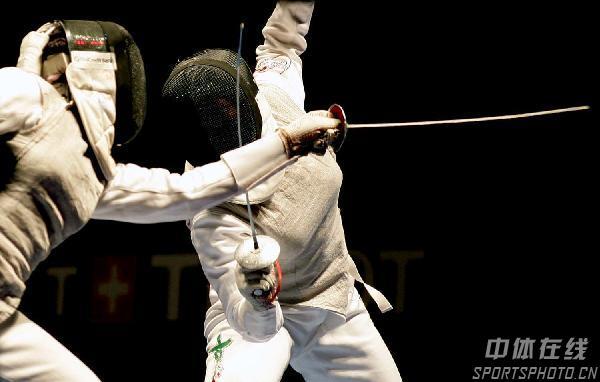 图文:07世界击剑锦标赛 韦扎利进女子花剑决赛