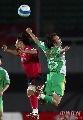 图文:[中超]北京国安0-1长春 球场舞蹈