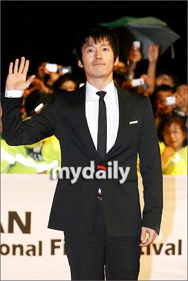 第12届釜山电影节开幕红毯— 张赫