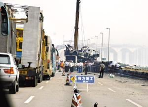 虎门大桥广州至东莞方向塞车6个多小时