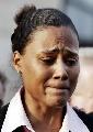 图文:琼斯抵达联邦法院 追悔莫及因过错痛哭