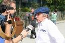 图文:[F1]中国大奖赛排位赛 斯图尔特接受采访