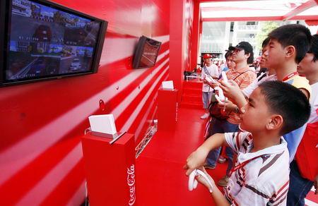 线上GP车赛吸引大批观众