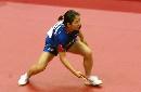 图文:乒球世界杯女团决赛 朴美英顽强防守