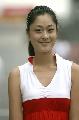 图文:[F1]中国大奖赛正赛 美丽车模笑不露齿