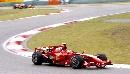 图文:[F1]中国大奖赛正赛 莱科宁平稳驶过弯道
