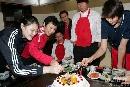 图文:赵蕊蕊生日聚会 与康复中的冯坤一梅同庆