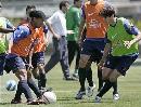 图文:巴西备战世界杯预选赛 小罗卡卡分组对抗
