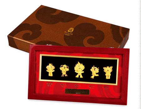 组图:北京奥运倒计时300天大众类特许商品展示