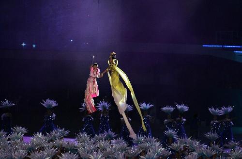 图文:2007年世界夏季特殊奥运会闭幕 现场表演