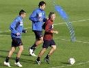 图文:意大利备战欧锦赛预选赛 多纳多尼亲自上阵