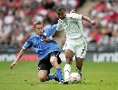 图文:[欧预赛]英格兰3-0爱沙尼亚 科尔遭遇铲球