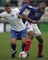 图文:[欧预赛]法罗群岛0-6法国 大家都不干净