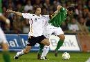图文:[欧预赛]德国VS爱尔兰 弗林斯拉拉扯扯