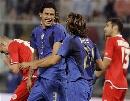 图文:[欧预赛]意大利2-0格鲁吉亚 皮尔洛庆祝