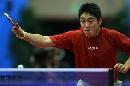 图文:男乒世界杯1/4决赛 高宁反手回球