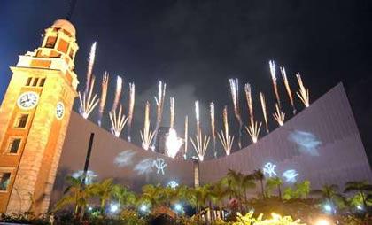 奥运晚会,让协办奥运马术比赛的香港倍添欢欣气氛.   据香港