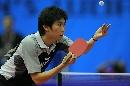 图文:男乒世界杯半决赛 柳承敏侧身发球