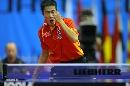 图文:男乒世界杯三四名决赛 王励勤胜利在望