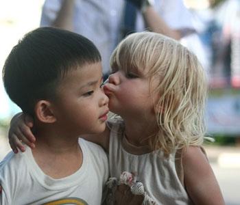 男人亲吻女人后的结果