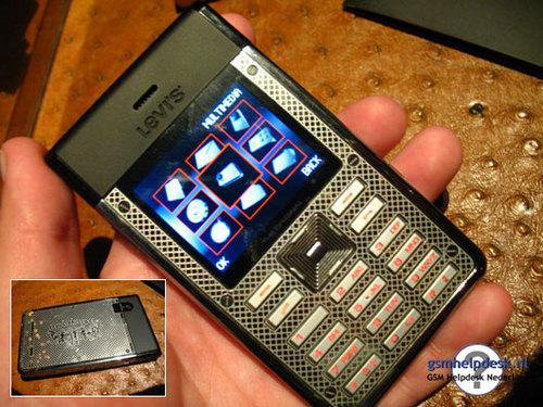 """手机 李维斯/图为:李维斯(Levi""""s)第一款手机实拍照片"""