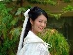 安以轩妩媚微笑