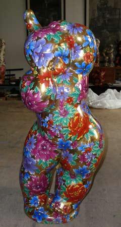 图文:关玉良艺术作品欣赏 蓬勃国娃