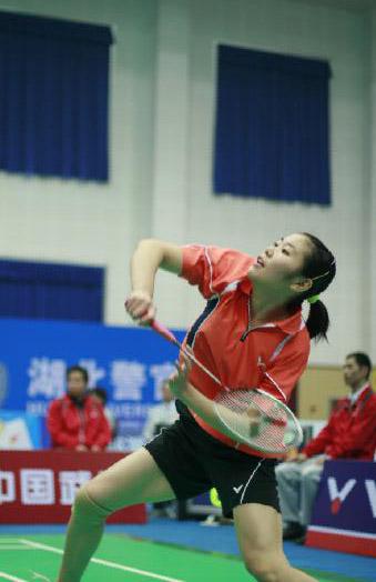 图文:六城会羽毛球团体赛决赛 蒋燕皎在比赛中