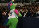 图文:[中国赛一]骑士VS魔术 魔术吉祥物