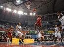 图文:[中国赛]魔术90-86骑士 琼斯上篮