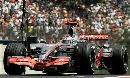 图文:[F1]巴西站第三次练习 阿隆索进行比赛
