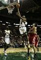 图文:[NBA]火箭VS超音速 杜兰特飞身暴扣斯科拉
