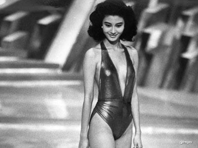 1988年参加港姐大赛