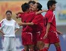 图文:武汉7比0战胜大同 球员们热烈庆祝进球