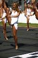 图文:[F1]07澳大利亚站回顾 展示身体柔韧性