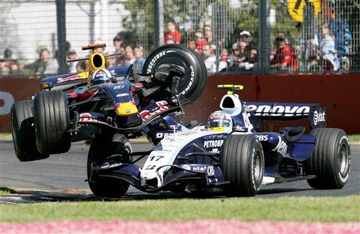 图文:[F1]07澳大利亚站回顾 库特哈德的冲撞