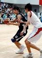 图文:城运会女篮决赛南京夺冠 许诺持球在进攻