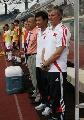 图文:[世界杯]中国4-0缅甸 教练组成员