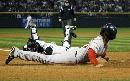 图文:[棒球]红袜VS落基山 得分