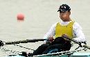 图文:赛艇男子8公里单人双桨 钟小涛在比赛中