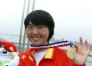 图文:赛艇女子8公里单人双桨决赛 朱韦伟金牌