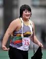 图文:六城会女子铅球决赛 刘相蓉夺冠露出笑容