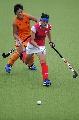 图文:广州女曲3-2胜南京 比赛中双方拼抢激烈