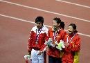 图文:六城会女子100米比赛 陈珏夺冠笑面如花