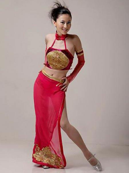 小妹妹人体艺术_组图:汤加丽畅谈人体艺术 曼妙舞姿演绎新女性