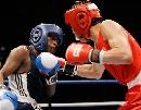 图文:拳击世锦赛第八日 57KG泰国阿弟进攻获胜