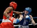 图文:拳击世锦赛第八日 约瑟夫默里打中对手