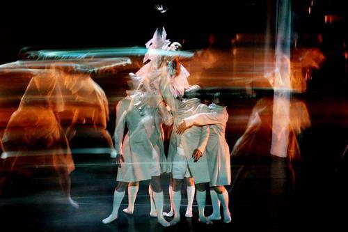 资料图片:现代舞蹈戏剧-惊梦 5