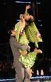 图文:第六届城运会闭幕式彩排 精彩的双人舞