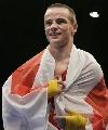 图文:[拳击]11级别冠军照 60KG冠军英国弗朗克